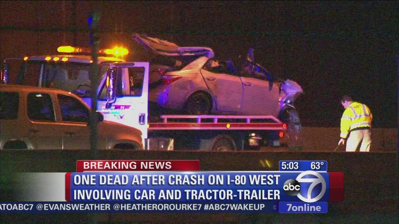 Tractor trailer and sedan collide in N.J. leaving 1 dead, backups