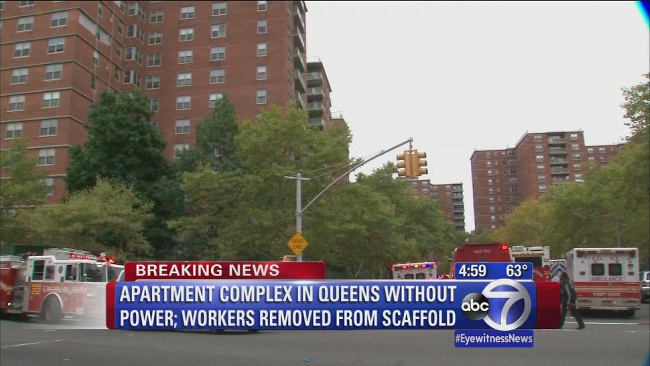 Queens apartment complex left without power