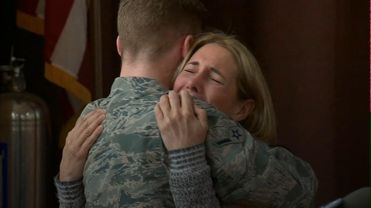 Airman surprises teacher mom during school assembly
