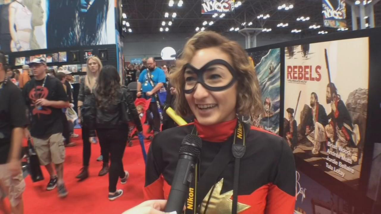 Fans descend upon Javits Center for Comic Con