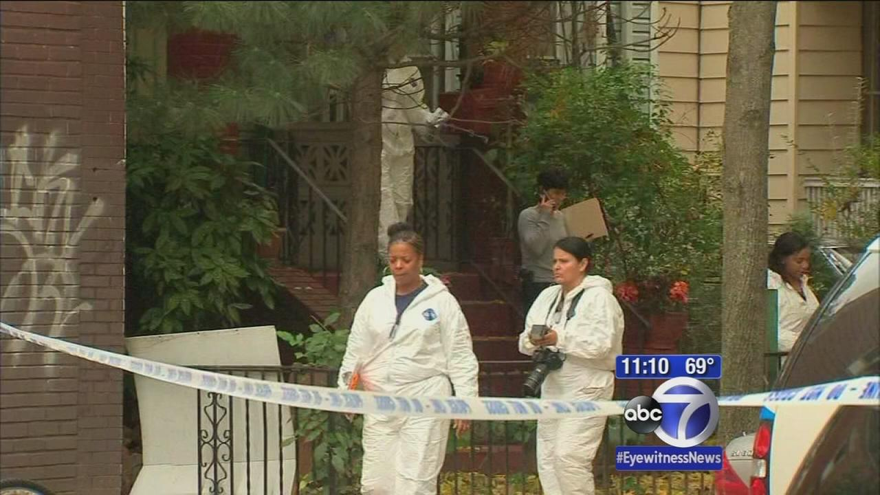 Search for suspects in deadly Brooklyn home invasion