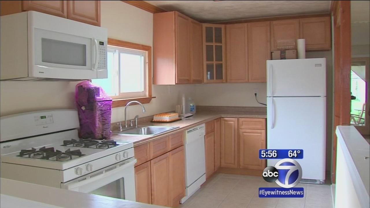 2 men finally move back into Rockaway Park homes after Sandy