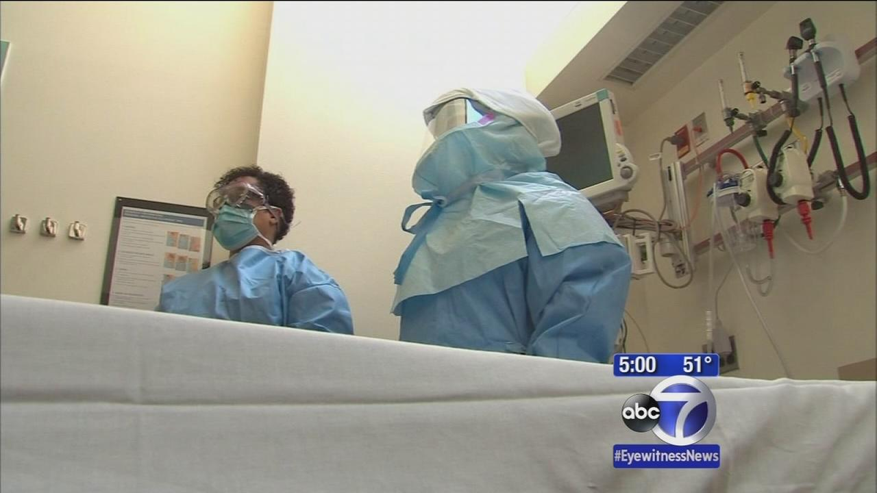 Doctor with Ebola-like symptoms being tested