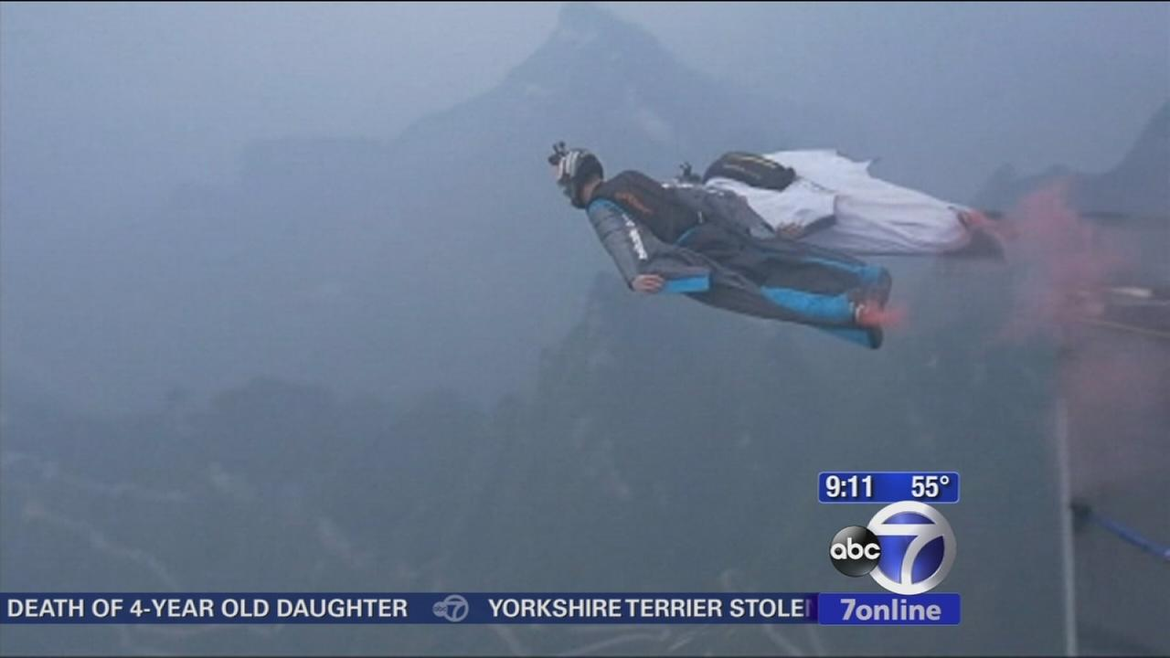 Wing suit jumpers