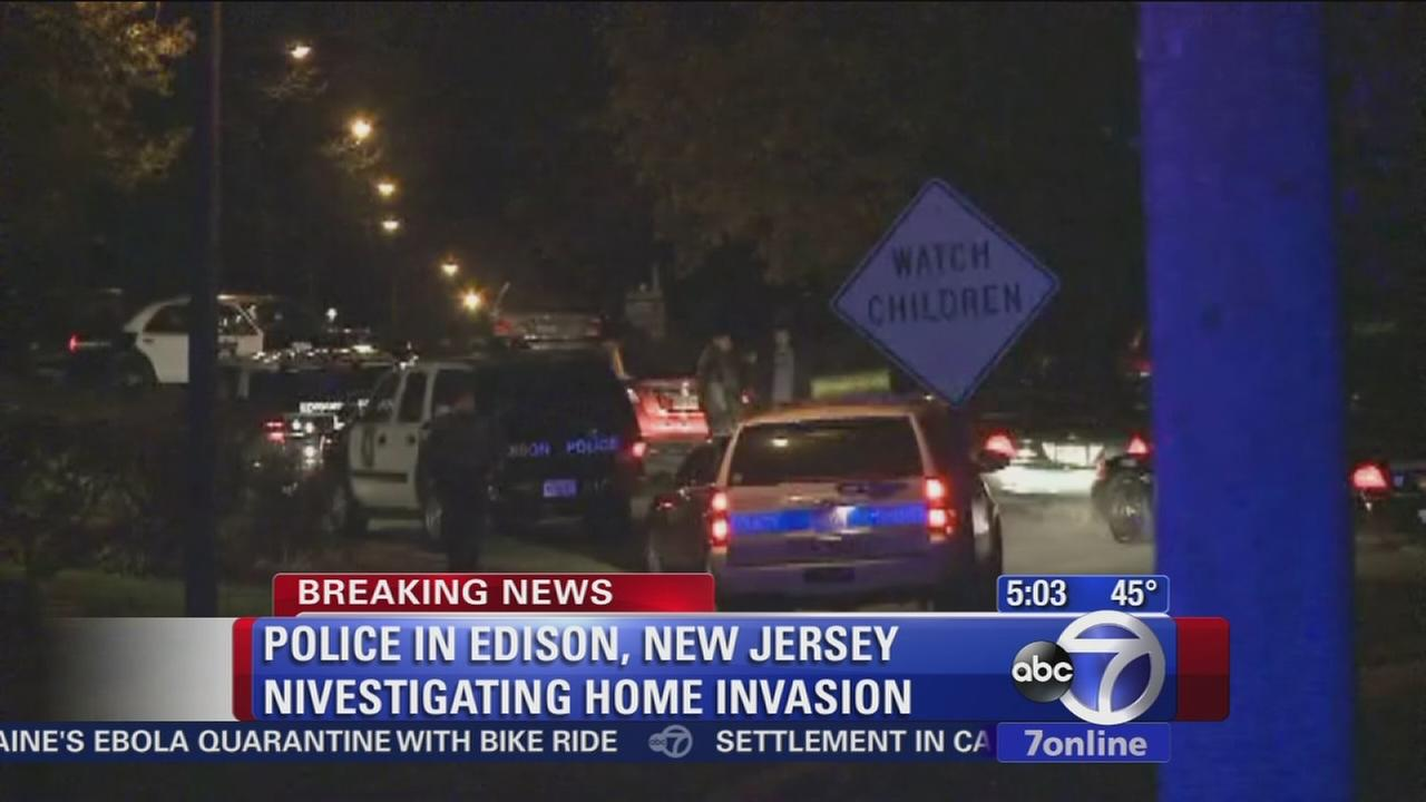 Police swarm neighborhood in Edison