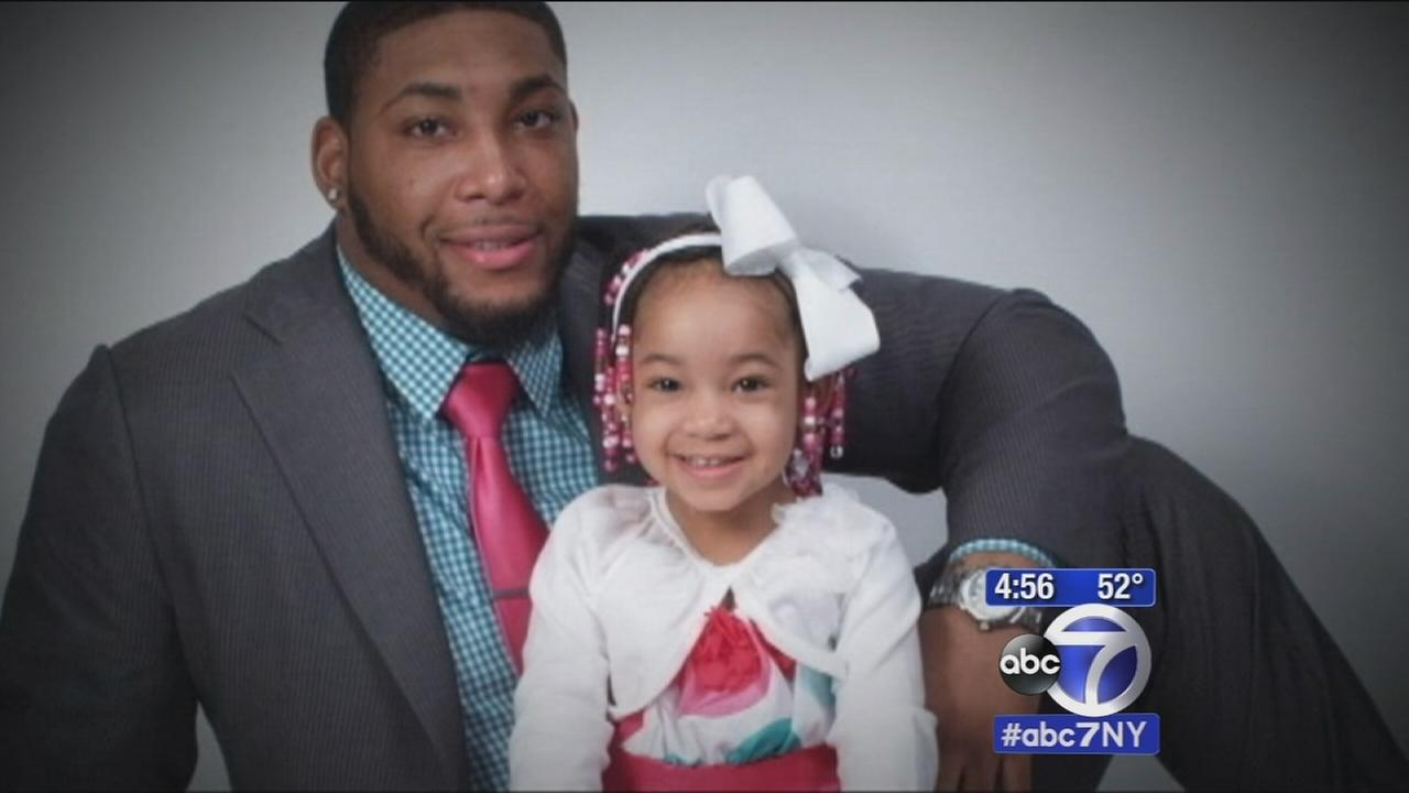 Devon Still's daughter reunited with dad to watch him play in NFL game for first time