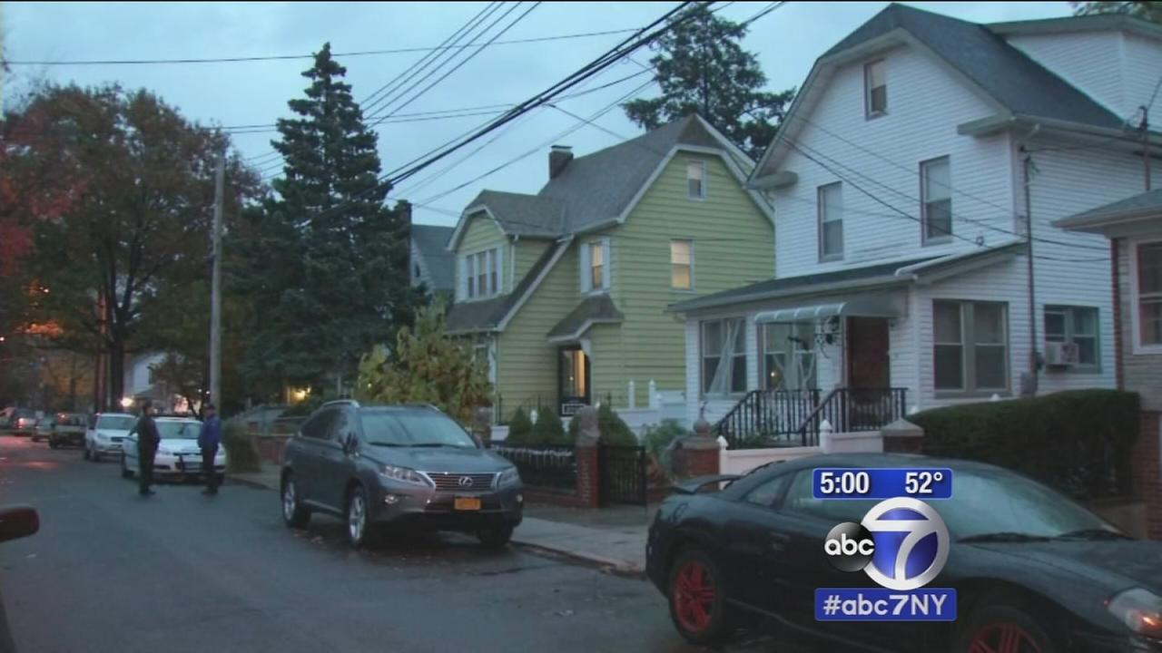 Police: Queens dad attacks, stabs family, attempts suicide