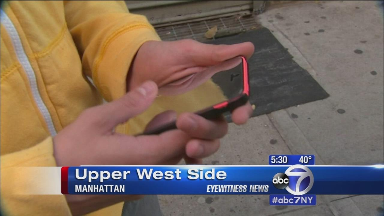 Some NYC schools beginning to allow cell phones