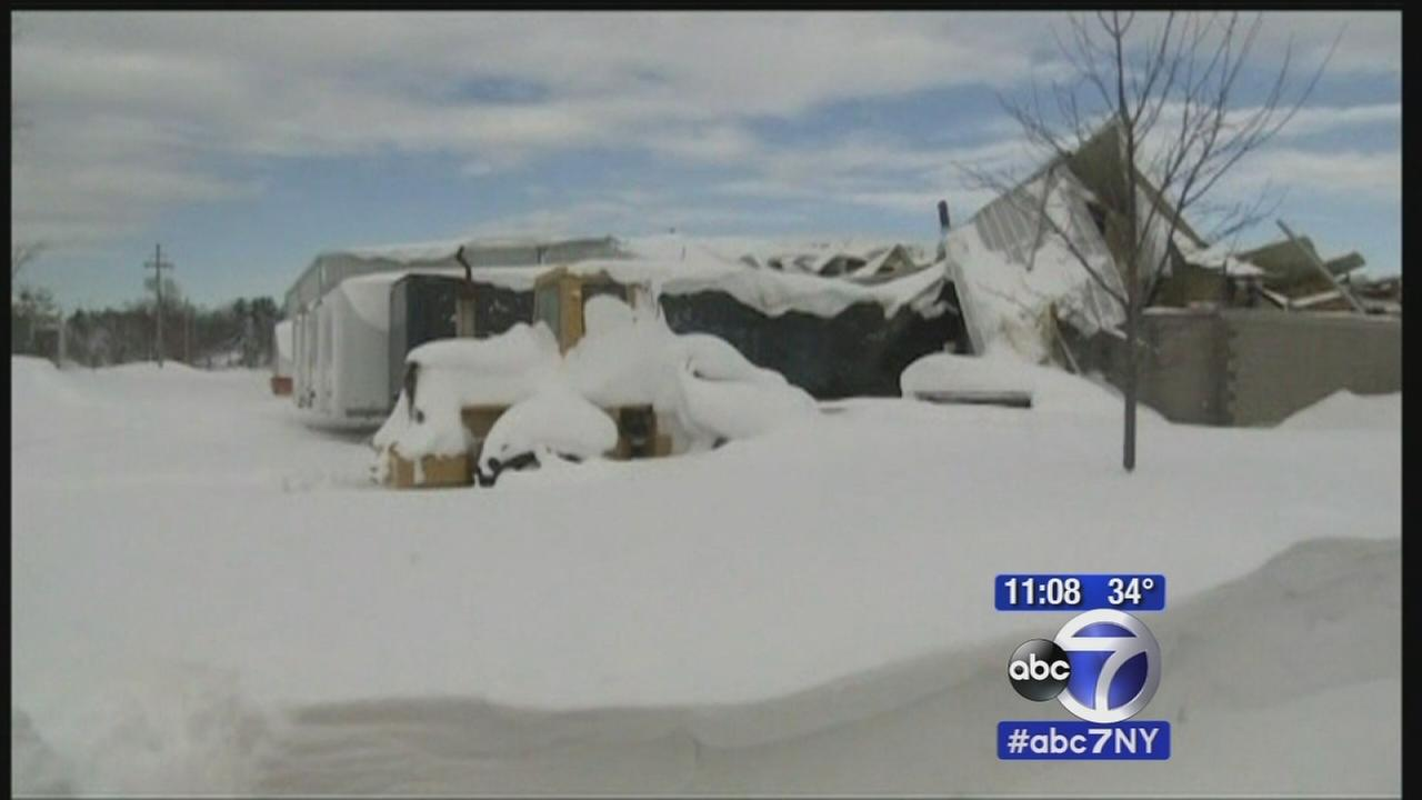 More snow falls in Buffalo, roofs giving out