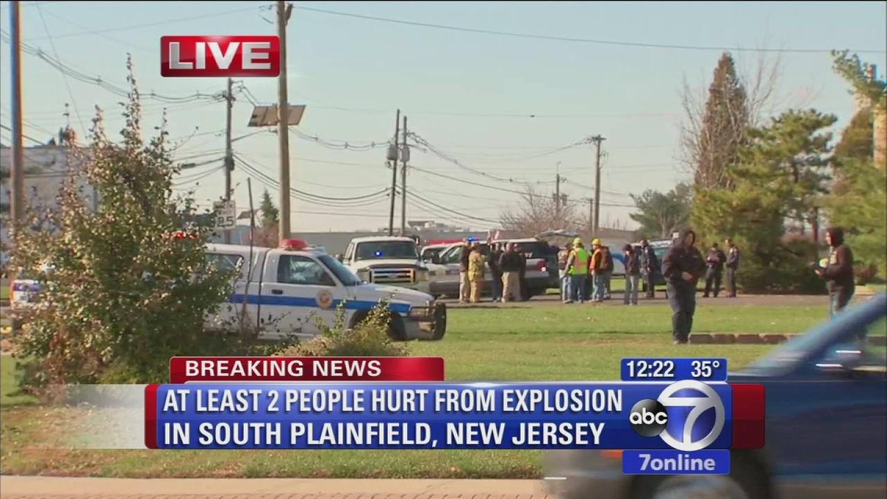 2 people hurt in minor New Jersey explosion
