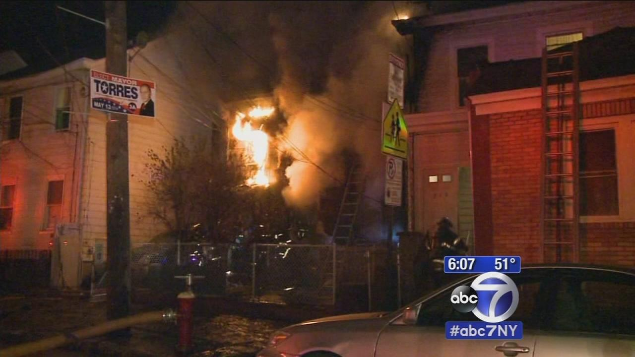 2 dead after fire sweeps through home in Paterson