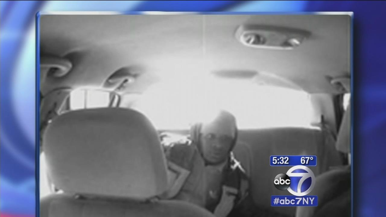 Man suspected of robbing, stabbing livery cab driver