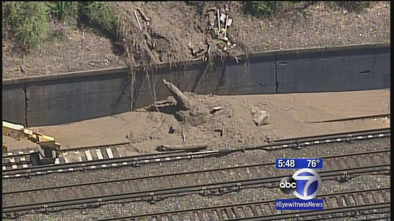 Yonkers mudslide causes Metro-North delays