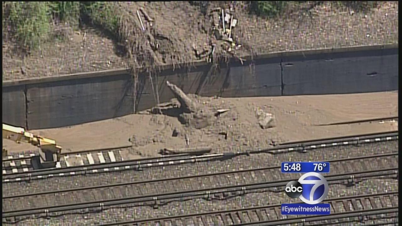 Yonkers mudslide causes Metro-North delays