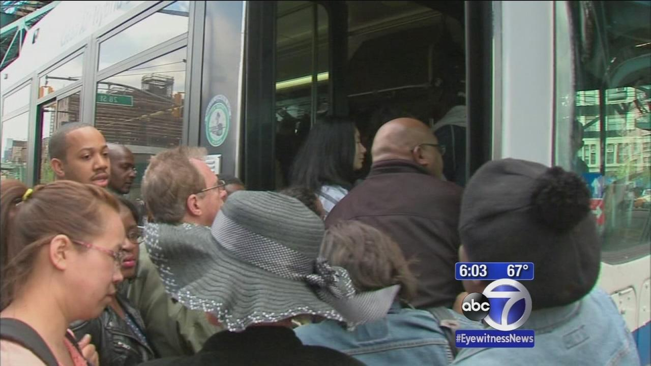 Subway derailment leads to major bus congestions