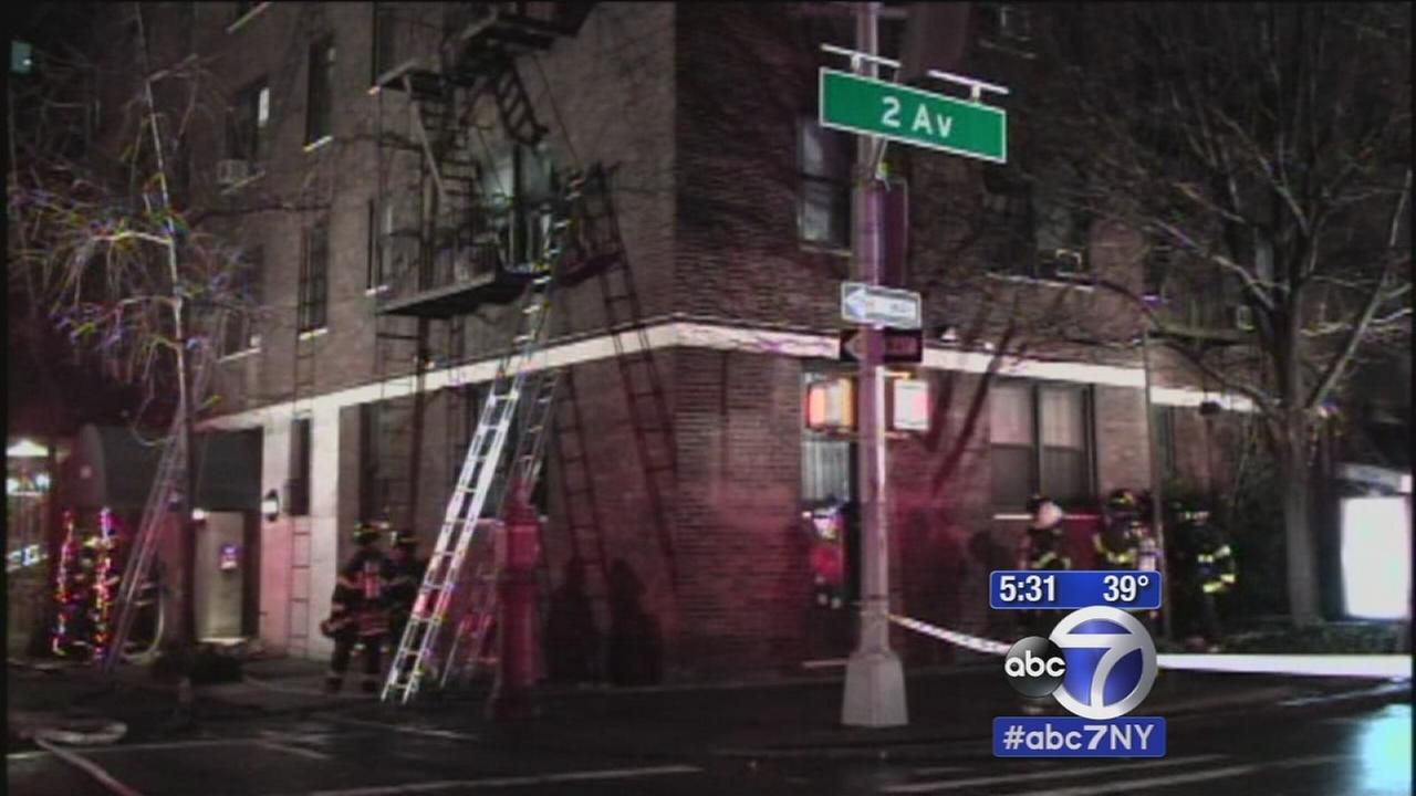 Murray Hill apartment fire leaves 10 hurt