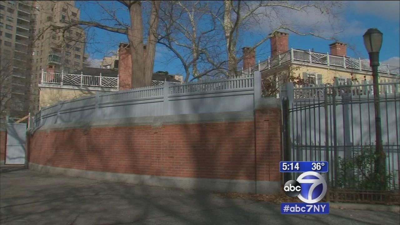 Gracie Mansion, Mayor de Blasios home, gets higher fence due to security concerns