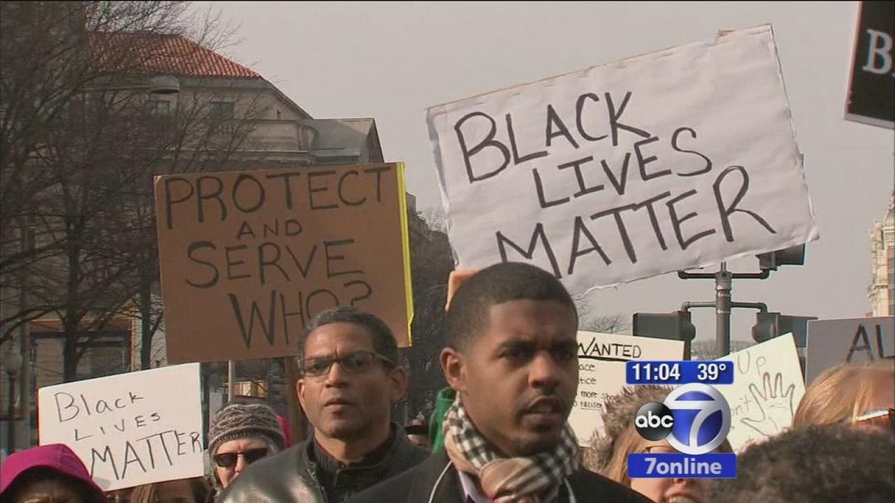 Washington rally protests police killings