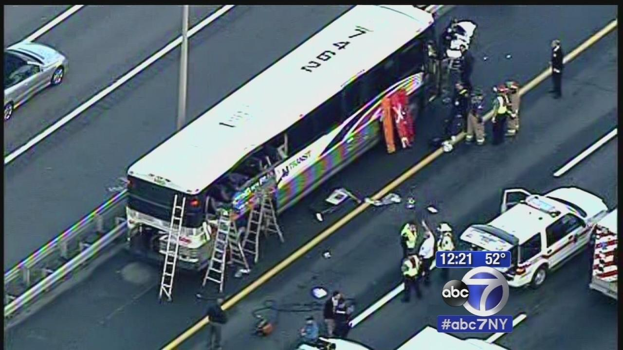 Several hurt in Linden bus crash
