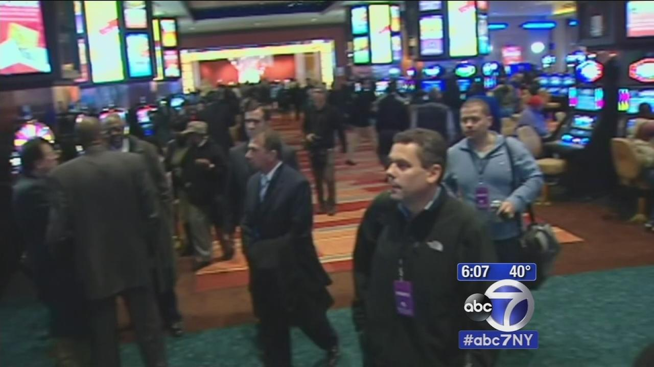 Governor Cuomo tours new casinos in upstate New York created to increase jobs