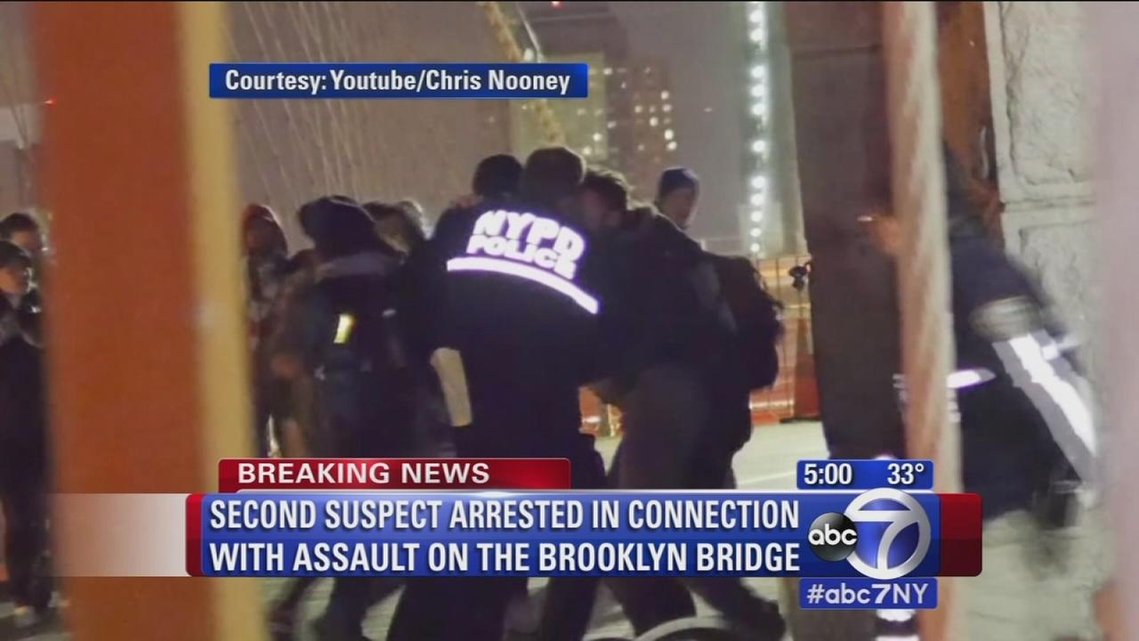 2nd suspect arrested in connection with police assault on Brooklyn Bridge