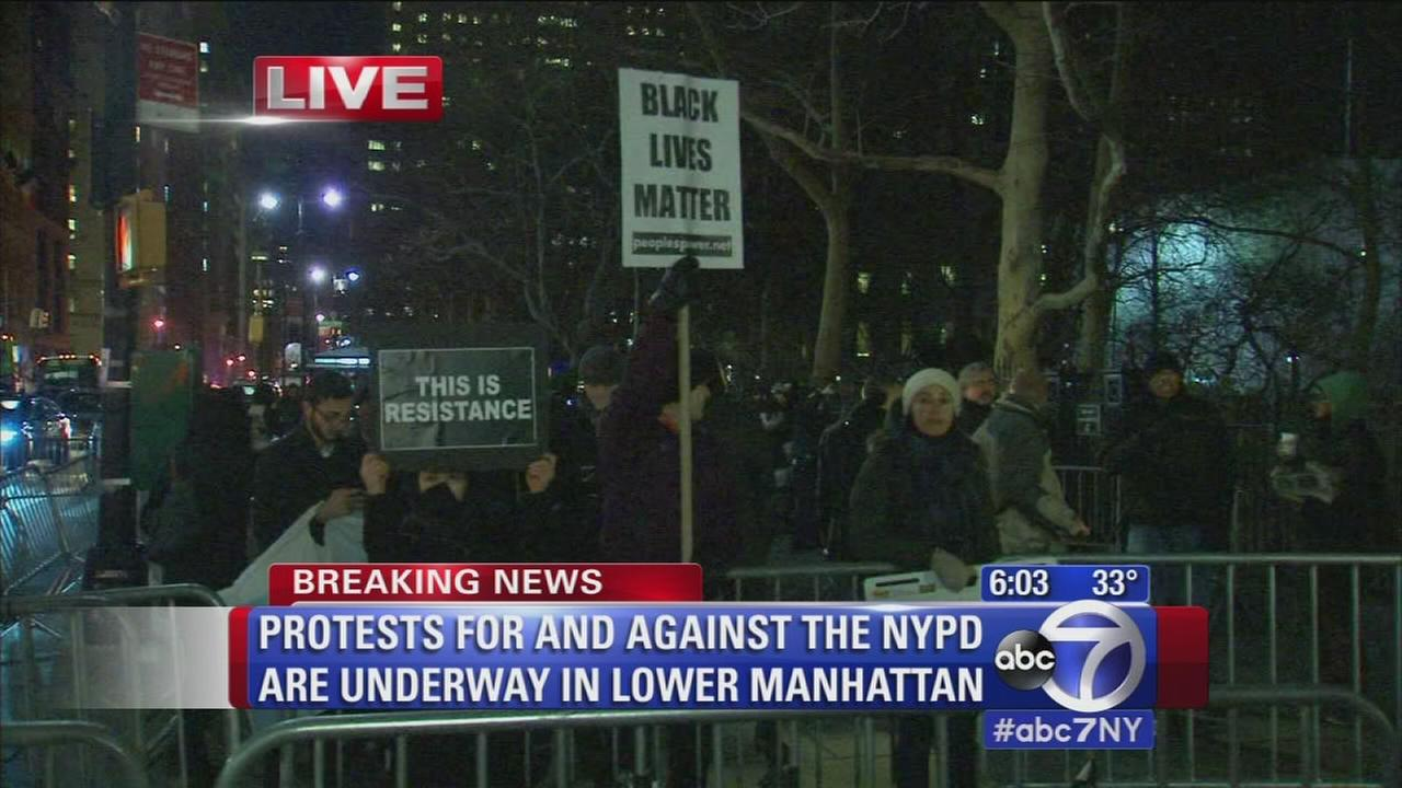 Protests for and against NYPD underway