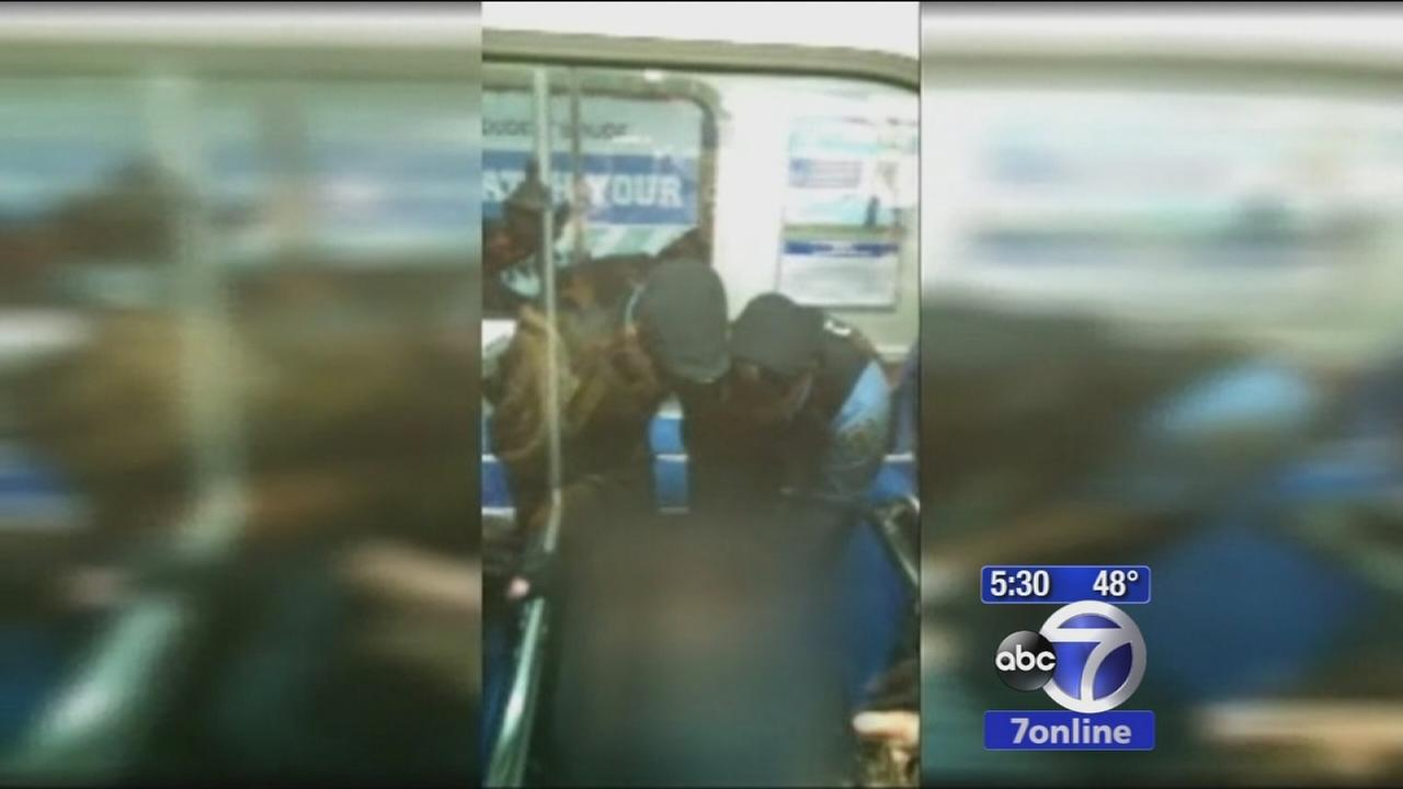 Officers help mother deliver baby on train in Philadelphia