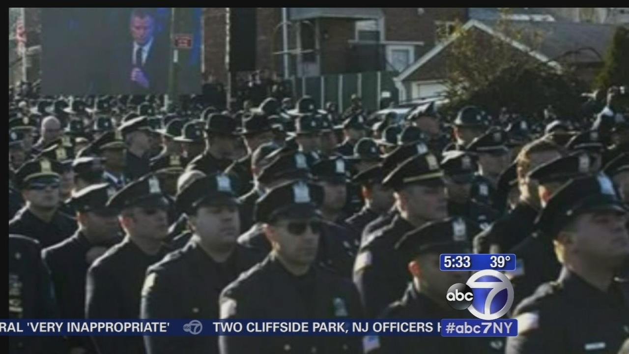 Tensions high among NYPD as mayor set to speak at cadet graduation