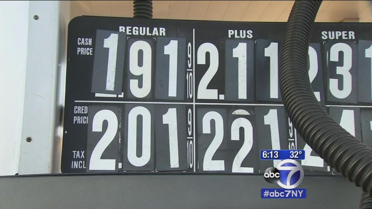 Gas prices in NJ fall below $2 a gallon
