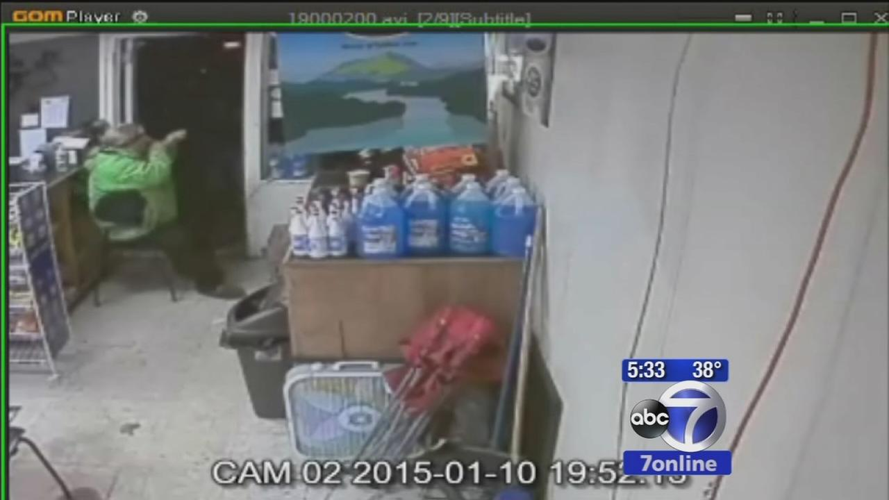 Search for 2 armed suspects who robbed gas station