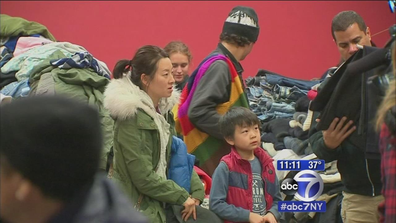 Residents sort through donations, some return home after Edgewater fire