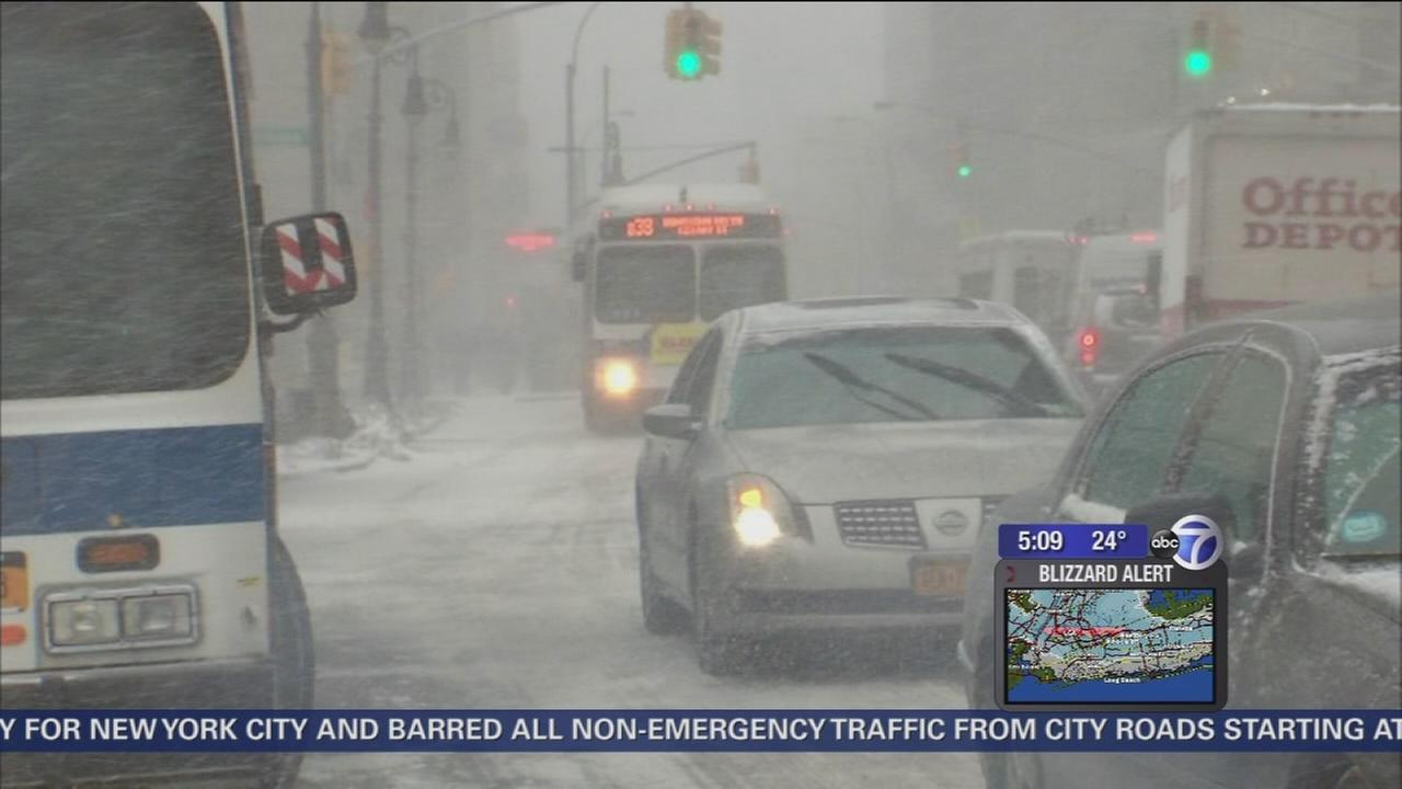 NYC Public Schools closed for Tuesday, warning to obey driving ban Monday night at 11