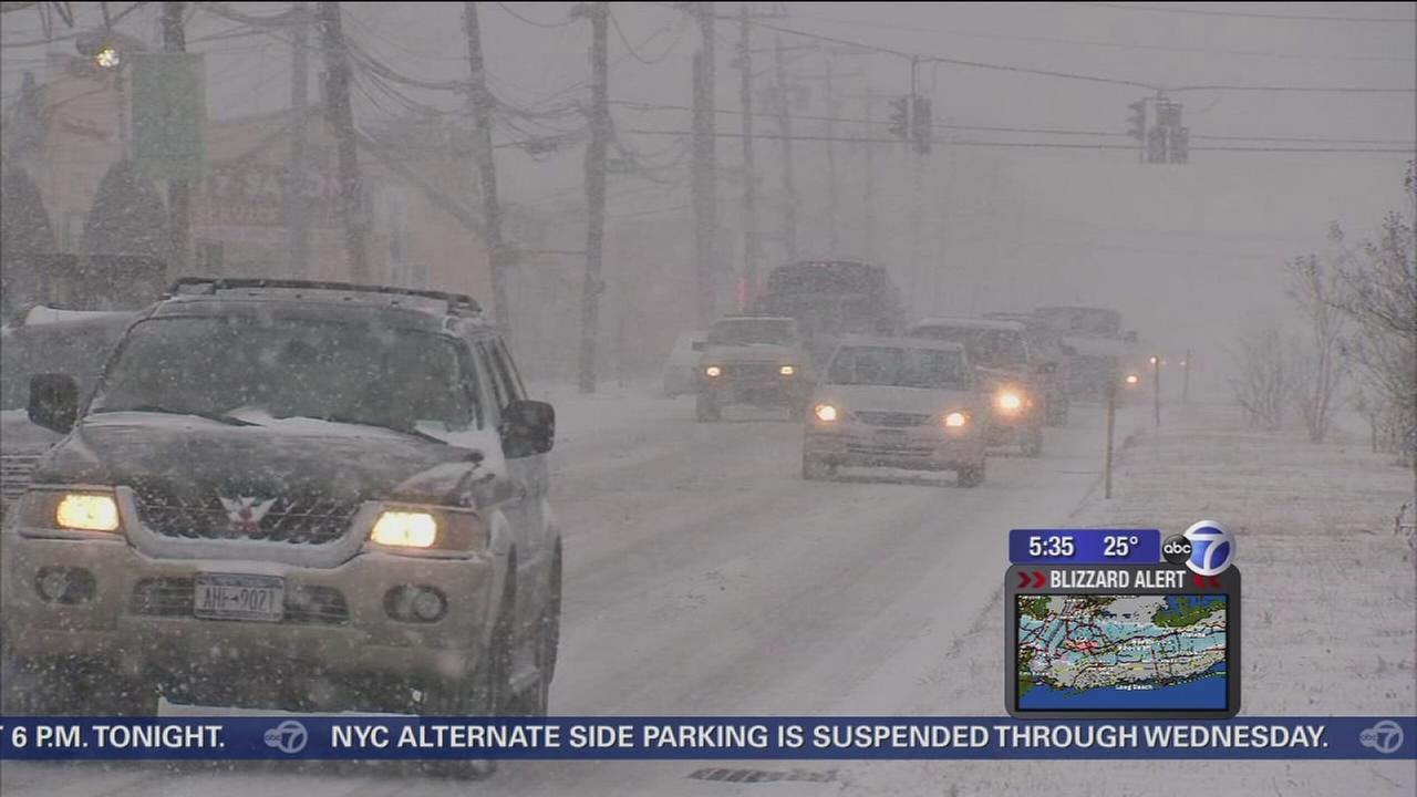Snow already coming down hard in Nassau County