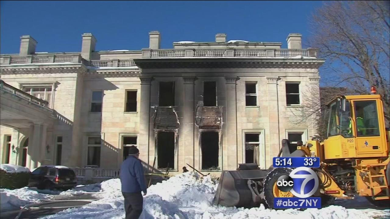 Mansion goes up in flames on Long Island