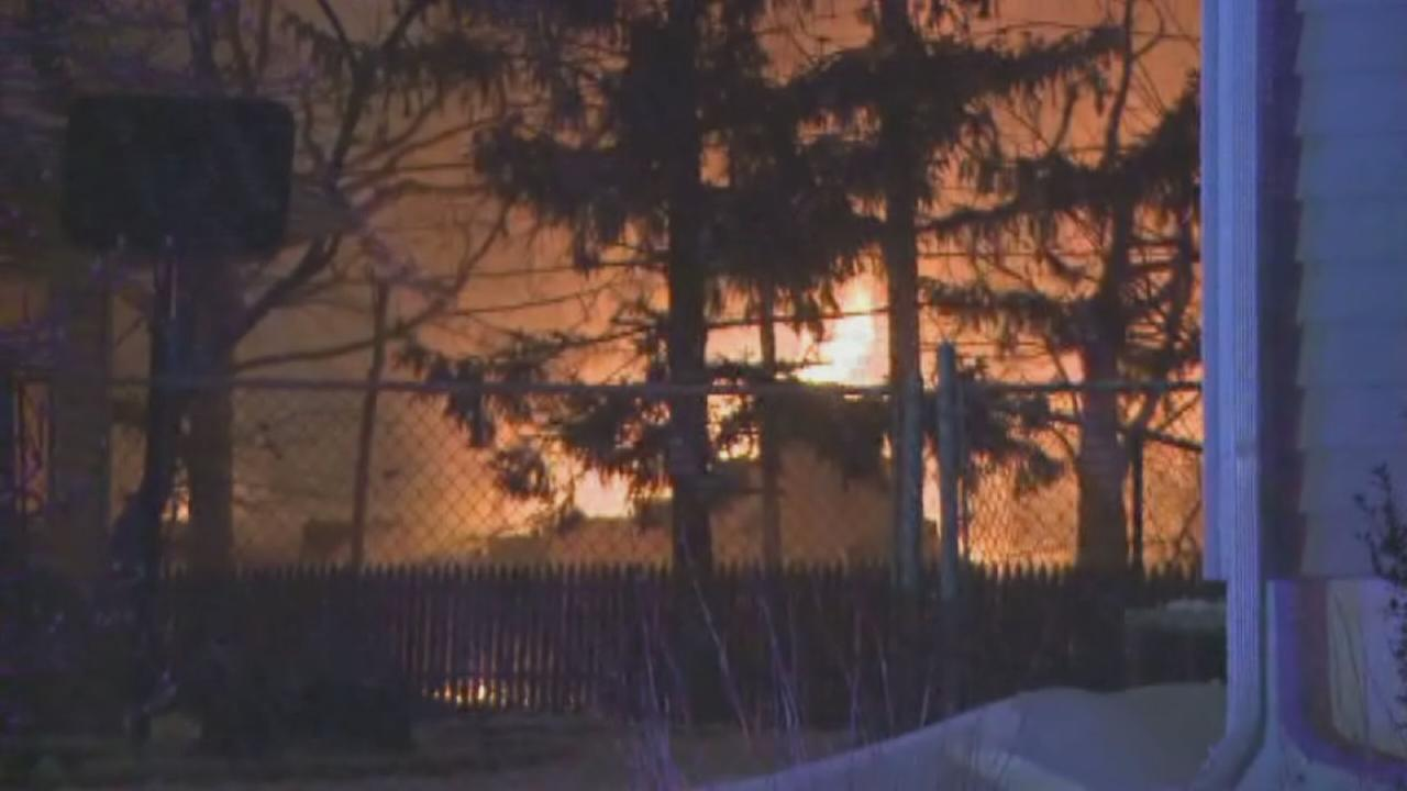 Fire burns in Edison DPW building