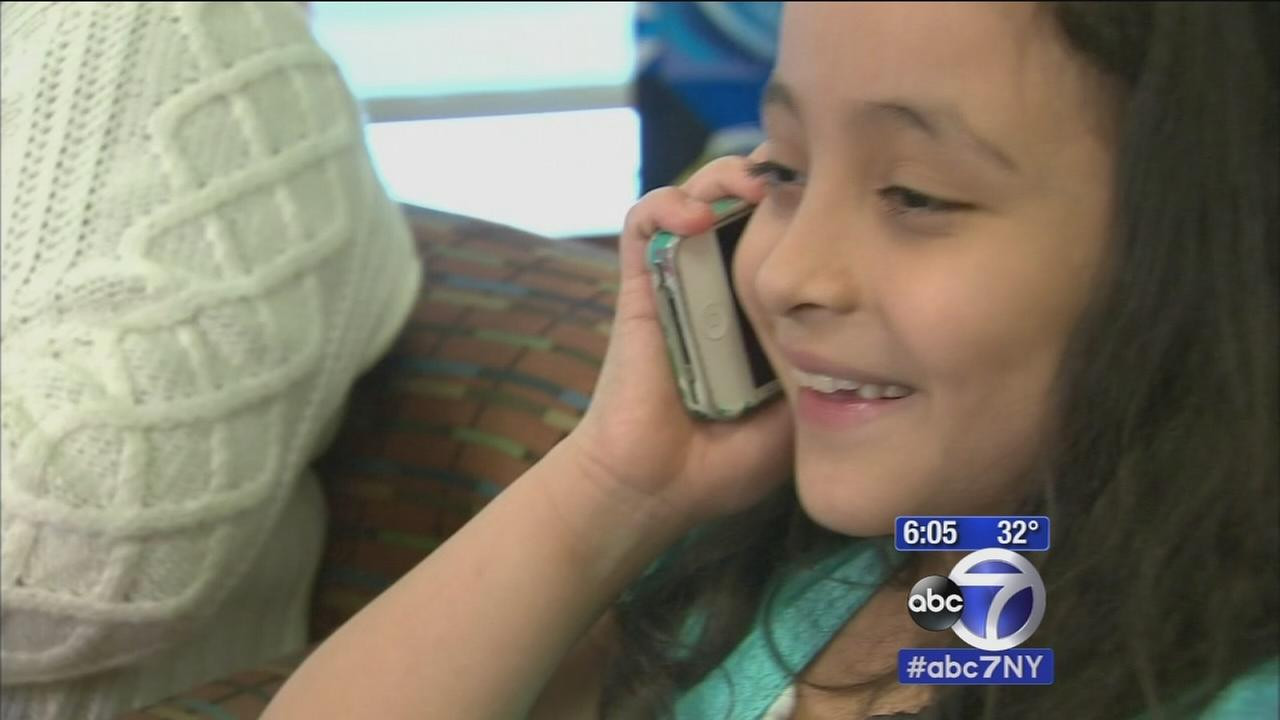 7-year-old calls 911 to report fire