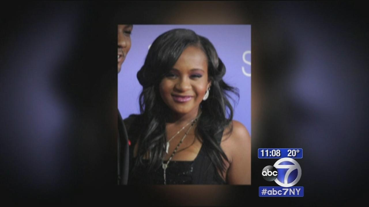 Bobbi Kristina, daughter of Whitney Houston found unresponsive