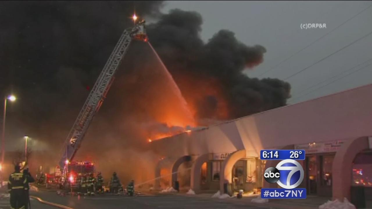 Fierce fire tears through NJ strip mall
