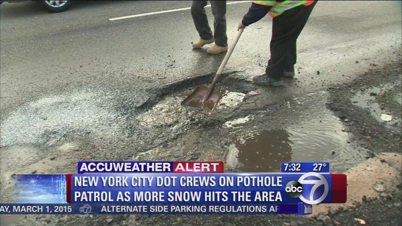 NYC crews head out to fix potholes
