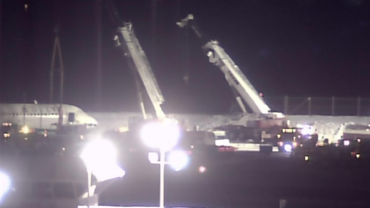 RAW VIDEO: Skidded plane moved at LaGuardia