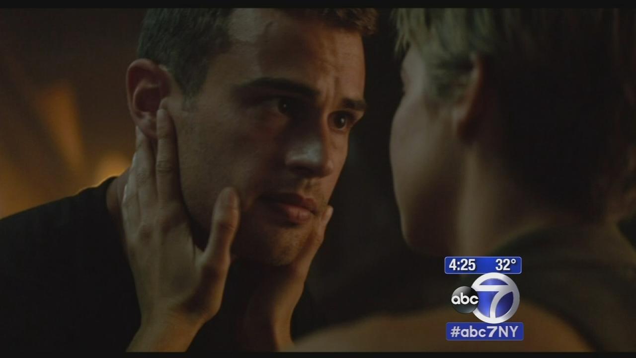 Sandy Kenyon reviews the new movie Divergent