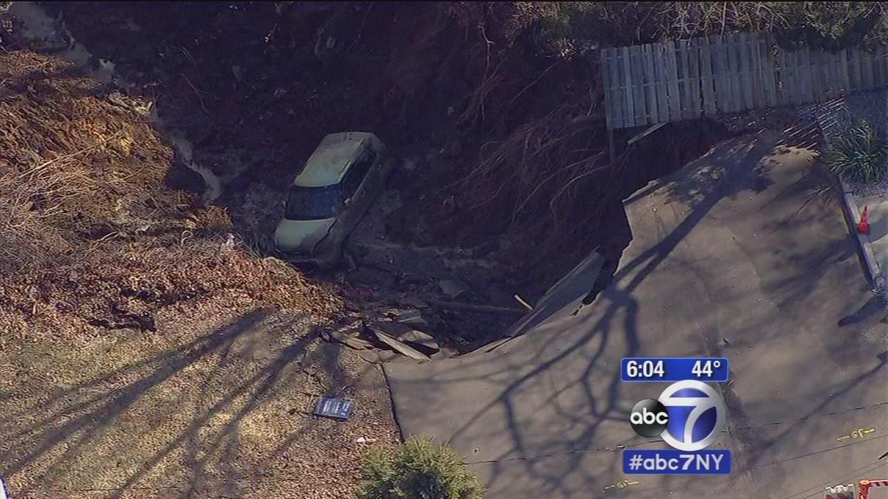 Van in sinkhole in South Amboy