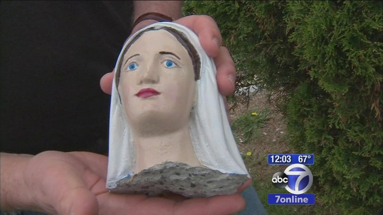 Statue decapitated in Bellmore