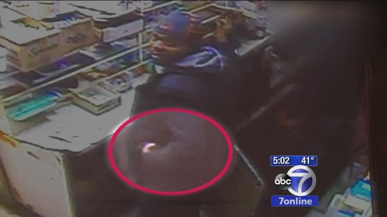NYPD detective suspended after video shows him taking cash during deli raid