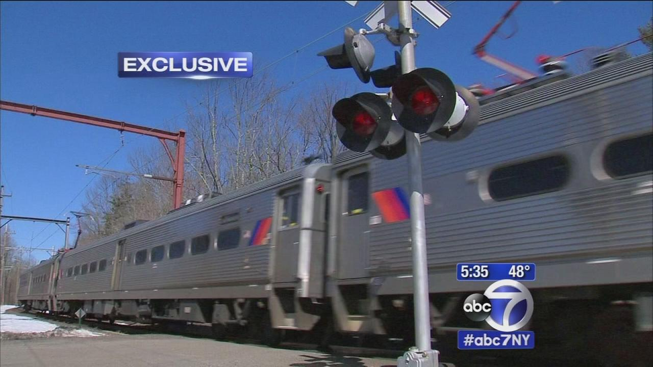 Still no gates at dangerous railroad crossings