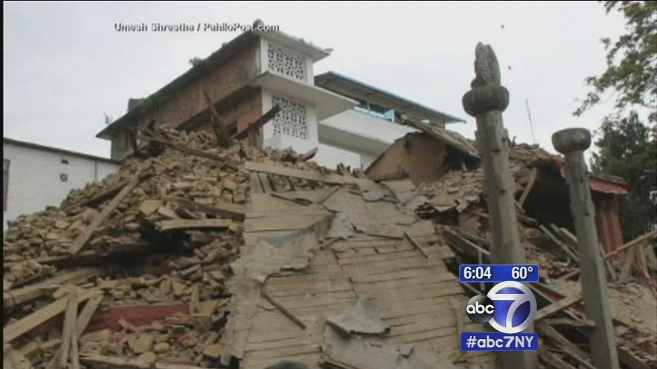 Over 1,400 dead in Nepal quake, Everest shaken