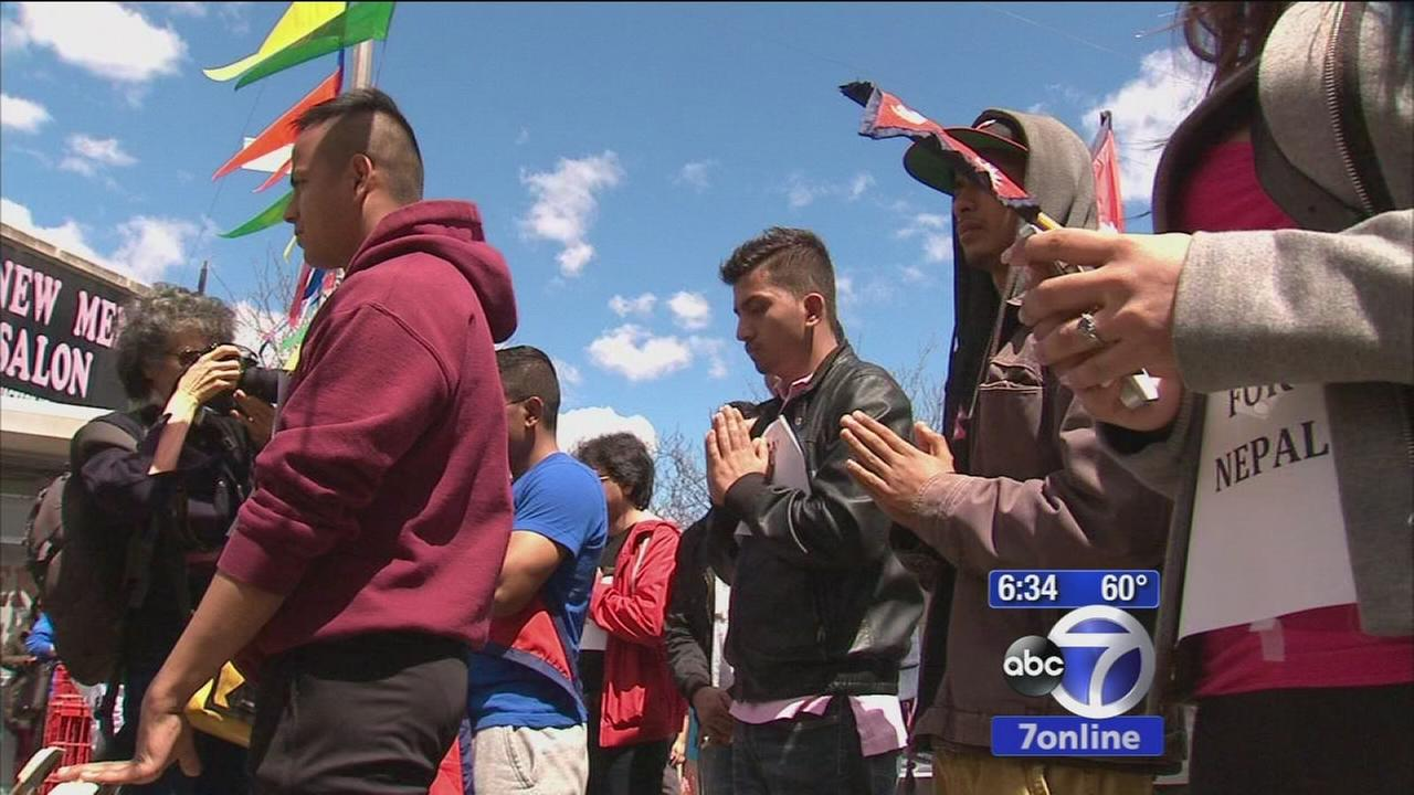 New Yorkers hold vigils, fundraisers for Nepal earthquake victims