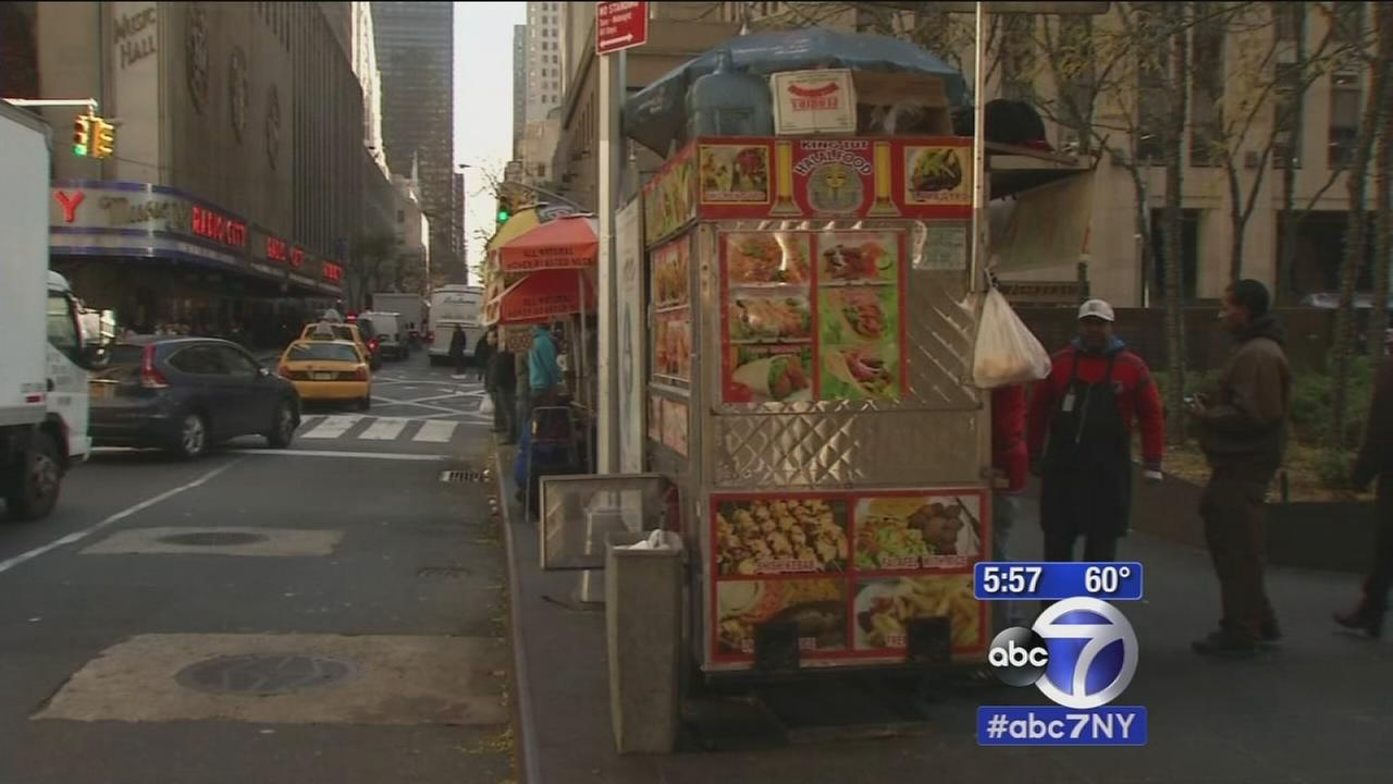 NYC food carts might soon get letter grades