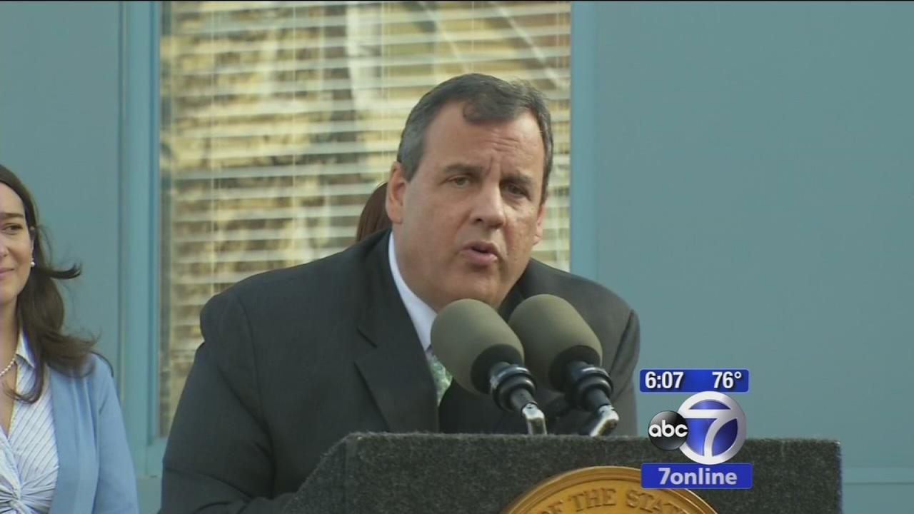Chris Christie answers residents questions in New Brunswick