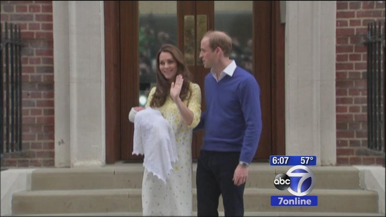 Prince William, Kate emerge from hospital with newborn princess